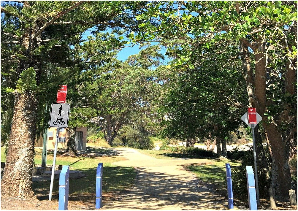 Round the Bay Path Jervis Bay looking toward Collingwood Beach
