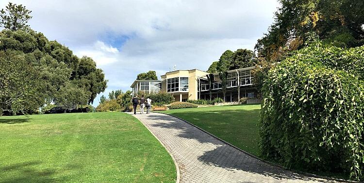 Walking up toward the Visitor Centre at the Royal Tasmanian Botanical Gardens