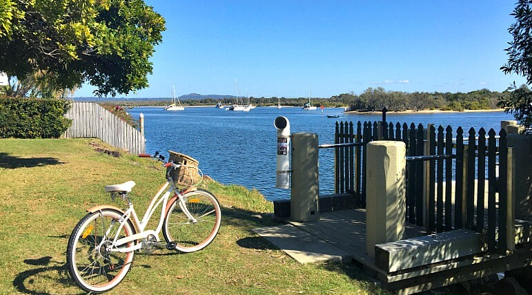 Cruiser bicycle parked by the Noosa River
