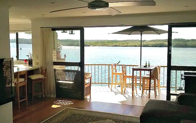 Mooloolaba Riverfront Pet Friendly Accommodation with river views