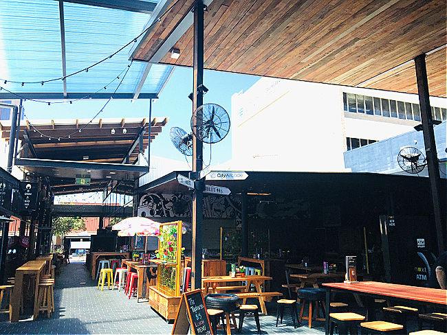 Outdoor Cafe The Courtyard City Lane